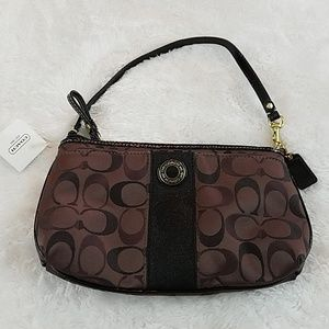 NWT! Coach Brown Signature Stripe Large Wristlet